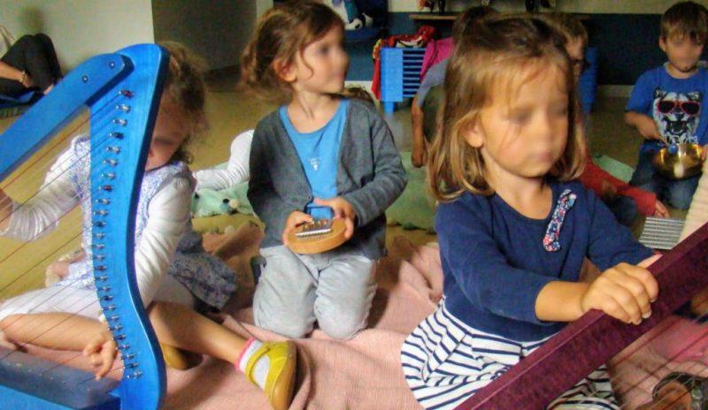 Eveil de sens Mots et Sens Musique des émotinos Groupe Adaj Centre de loisirs Douvres la Délivrande